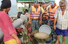 Triệt phá đường dây buôn lậu xăng dầu quy mô lớn trên biển