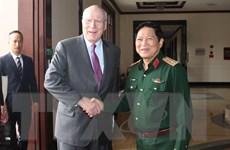 Đại tướng Ngô Xuân Lịch tiếp đoàn Thượng nghị sỹ Hoa Kỳ
