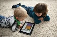WHO kêu gọi hạn chế trẻ dưới 5 tuổi xem nhiều màn hình điện tử