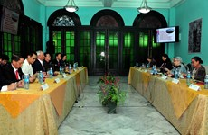 Việt Nam-Cuba trao đổi kinh nghiệm về soạn thảo chính sách kinh tế