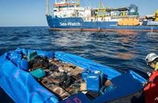 Italy vẫn từ chối tiếp nhận người được giải cứu trên biển