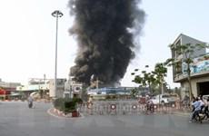 Hải Phòng: Cháy lớn thiêu rụi hàng nghìn m2 xưởng sản xuất bao bì