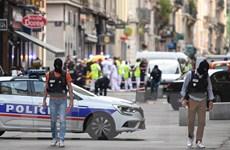 Pháp bắt giữ 4 đối tượng liên quan vụ nổ tại phố đi bộ ở Lyon