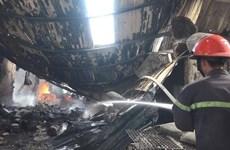 Bình Dương: Kịp thời khống chế đám cháy tại hai công ty gỗ