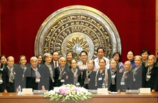 Chủ tịch Quốc hội gặp mặt Đoàn đại biểu 'Đội quân tóc dài' Bến Tre