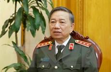 Bộ trưởng Bộ Công an đăng đàn đầu tiên trả lời chất vấn của Quốc hội