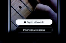 """Apple yêu cầu đặt nút """"Đăng nhập với Apple"""" ở trên Google, Facebook"""