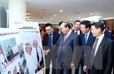 Hình ảnh Thủ tướng dự trao giải thưởng toàn quốc thông tin đối ngoại