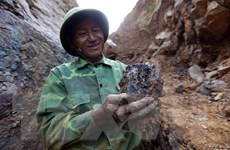 Hiểm họa khôn lường từ nạn khai thác vàng trái phép ở Háng Trợ