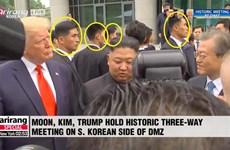 Thượng đỉnh Trump-Kim: Thư ký Nhà Trắng va chạm với báo chí Triều Tiên