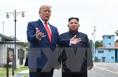 """Tổng thống Trump không nhắc đến """"phi hạt nhân hóa"""" với ông Kim Jong-un"""