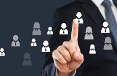Lãnh đạo có thể bị cách chức nếu bố trí người thân quản lý nhân sự