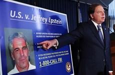 Tỷ phú Jeffrey Epstein bị cáo buộc tổ chức mại dâm trẻ vị thành niên