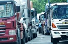TP Hồ Chí Minh: Tắc đường hơn 5 giờ do xe cẩu hỏng trên cầu Phú Mỹ