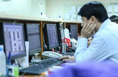 Chứng khoán Việt Nam ngày 15/7: Giao dịch ảm đạm, thị trường giảm điểm