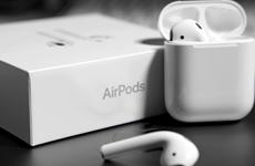 Nikkei: Apple sản xuất thử nghiệm tai nghe AirPods tại Việt Nam