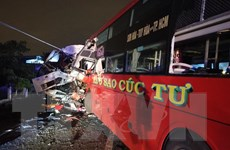 Bình Thuận: Xe khách đối đầu xe tải trên quốc lộ, hai tài xế tử vong