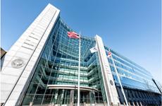 Báo Mỹ: Ủy ban Chứng khoán Mỹ chuẩn bị công bố án phạt Facebook