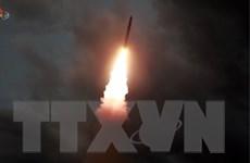 Ông Trump gọi vụ phóng tên lửa của Triều Tiên là 'rất tiêu chuẩn'