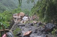 Bắc Kạn: Bão số 3 gây lở đá trên Quốc lộ 3 khiến một người tử vong