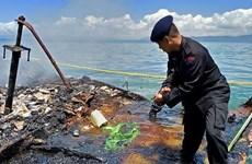 Indonesia huy động quân đội, cảnh sát tìm nạn nhân vụ cháy tàu khách