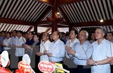 Thủ tướng, Chủ tịch Quốc hội dâng hương tưởng nhớ Chủ tịch Hồ Chí Minh