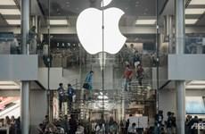 Cổ phiếu Apple và các hãng chip trượt dốc sau yêu cầu của ông Trump
