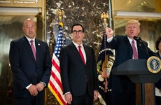 Người 'cầm cân nảy mực' trong quyết sách thương mại của ông Trump