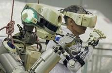 """Robot đầu tiên trên không gian của Nga """"đặt chân"""" lên ISS"""