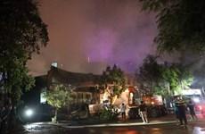Hà Nội: Khống chế đám cháy lớn tại Khu công nghiệp Ngọc Hồi