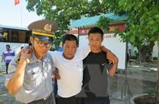 Niềm vui đoàn viên của 41 ngư dân được cứu hộ trên vùng biển Trường Sa