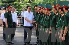 Phó Thủ tướng Vương Đình Huệ làm việc tại Binh đoàn 15