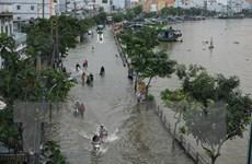 Triều cường vượt mức báo động 3 tại Thành phố Hồ Chí Minh