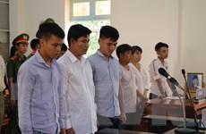 Tạm dừng phiên tòa xử vụ dùng nhục hình tại Trại giam Long Hòa