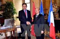 Thường trực Ban Bí thư Trần Quốc Vượng thăm, làm việc ở Cộng hòa Pháp