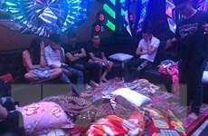 50 đối tượng dương tính với ma túy trong quán karaoke ở Biên Hòa