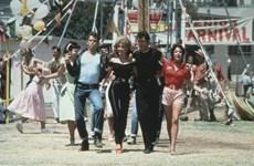Bộ trang phục đình đám trong ''Grease'' có giá hơn 400.000 USD