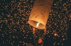 Thái Lan cấm thả đèn trời, khính khí cầu và bắn pháo hoa gần sân bay