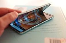 Điện thoại gập giá hơn 2.000 USD của Samsung 'cháy hàng' ở Trung Quốc