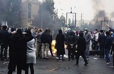 Iran: 3 nhân viên an ninh thiệt mạng do những kẻ bạo loạn
