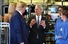 Thăm nhà máy Apple, ông Trump khoe thành tích đưa sản xuất về Mỹ