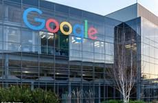 """Facebook, Google bị """"đánh bật"""" khỏi tốp 10 nơi làm việc hàng đầu ở Mỹ"""