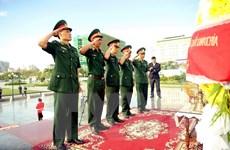 Dâng hương tưởng nhớ liệt sĩ quân tình nguyện VN hy sinh tại Campuchia