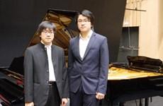 Hai tài năng âm nhạc song tấu piano kỷ niệm Ngày sinh Beethoven