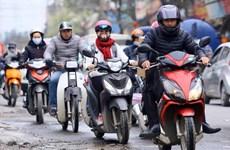 Không khí lạnh tràn về, Hà Nội mưa dông, nhiệt độ giảm sâu