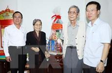 Trưởng ban Tuyên giáo TW Võ Văn Thưởng thăm, chúc Tết văn nghệ sỹ