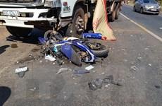 Nam thanh niên tử vong do chạy xe tốc độ cao, tông trực diện xe tải