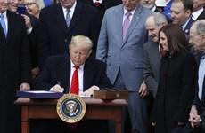 Tổng thống Mỹ Donald Trump ký phê chuẩn hiệp định USMCA