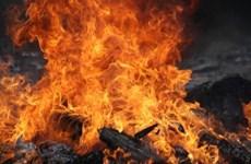 Mâu thuẫn gia đình, người đàn ông châm lửa đốt nhà làm 3 người chết