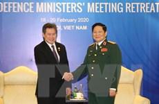 ADMM hẹp: Đại tướng Ngô Xuân Lịch tiếp Tổng Thư ký ASEAN